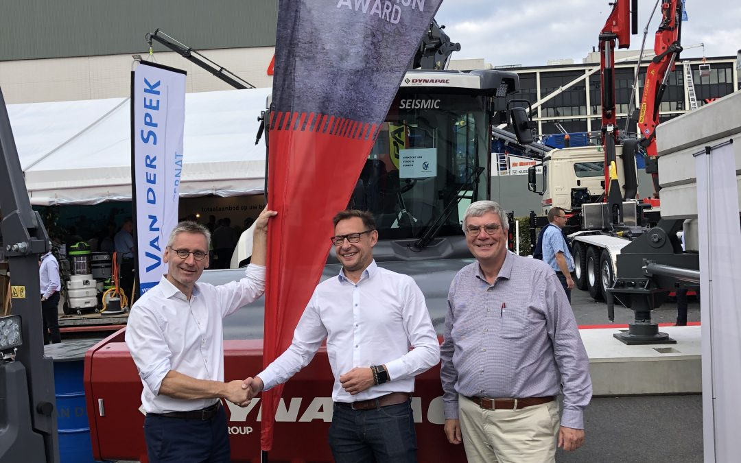 SEISMIC roller gets award at MATEXPO